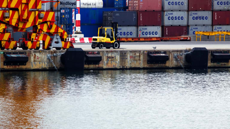Melbourne has the busiest port in Australia.