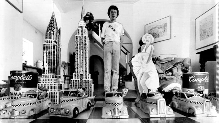 A young Peter Kingston at home in Lavender Bay.
