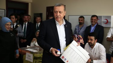 Recep Tayyip Erdogan at a polling station in Istanbul on Sunday.