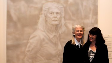 Archibald Prize winner Fiona Lowry with her subject, Penelope Seidler, at the Art Gallery of NSW in July.