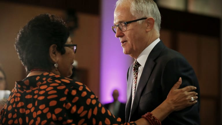Prime Minister Malcolm Turnbull with Florence Onus, the chair of the Healing Foundation reference committee.
