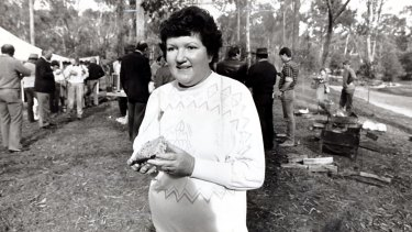Mrs Kirner, in her role as Conservation, Forests and Lands Minister announces a program to ensure proper planning for Warrandyte Parks in 1987.