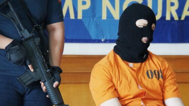 Australian accountant Isaac Emmanuel Roberts has been arrested in Bali on drug charges.