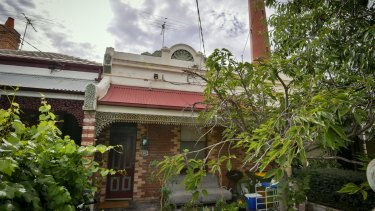 The single-fronted terrace with a red front door in Clifton Hill changed hands over the Christmas break for $1.18 million.