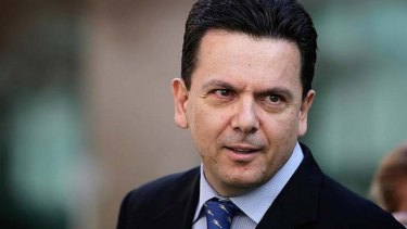 Senator Nick Xenophon wants the school milk program to be reinstated.