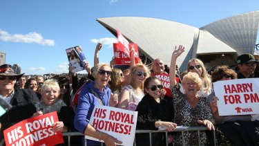 Crowds wait for Prince Harry.