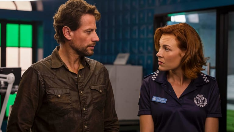 Ioan Gruffudd as Dr Daniel Harrow and Mirrah Foulkes as Sgt Soroya Dass in Harrow.