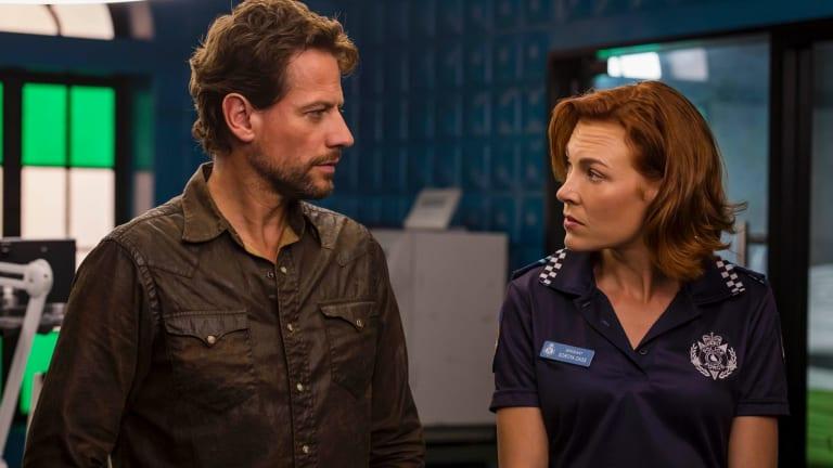 Ioan Gruffudd as Dr Daniel Harrow and Mirrah Foulkes as Sgt Soroya Dass in Harrow.