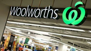 Woolworths is reshuffling the management of its supermarket business.