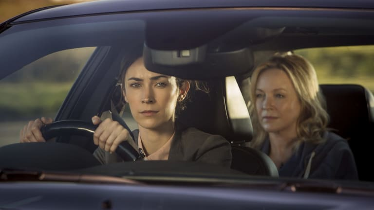 Geraldine Hakewill and Rebecca Gibney in <i>Wanted</i>.