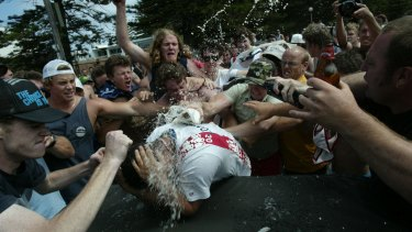 An angry mobduring the Cronulla beach riots on December 11, 2005.