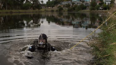 Police search and rescue divers scouring the Maribyrnong river in February.    27th February 2015. Photo by Jason South