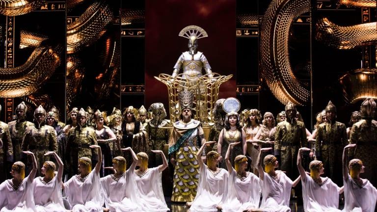 A dress rehearsal ahead of Aida's opening.