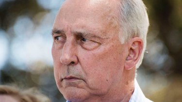 Former prime minister Paul Keating has criticised plans for Midnight Oil concerts in the Domain.