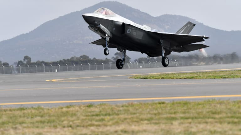 The F-35 Joint Strike Fighter arrives at  Avalon.