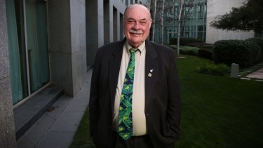 Warren Entsch says he will sit down with Bill Shorten to discuss same-sex marriage.