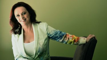 Sheena Easton is touring Australia and will perform the hits that made her a huge star in the 1980s.
