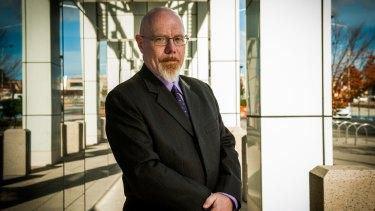 Former Australian Bureau of Statistics public servant Ross Hamilton says the body is no longer a trustworthy institution.