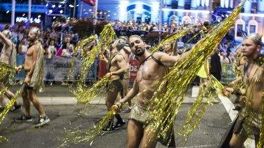 Tensions have erupted between directors of the community organisation that runs Sydney's Gay and Lesbian Mardi Gras.