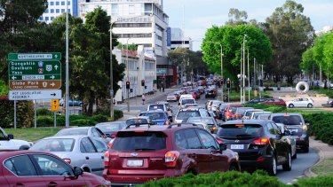 Traffic congestion is pushing up time spent on the road by an average of 21 minutes per day
