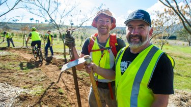 Assistant co-ordinator James Hall and head co-ordinator Alan Vogt at the National Arboretum.