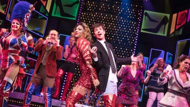 Callum Francis (Lola) and Toby Francis (Charlie) are well-cast and achieve great synergy.