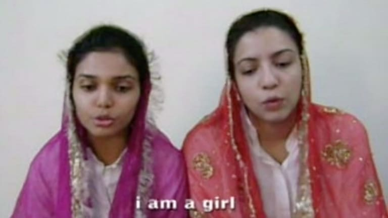 Video still from Rabbya Naseer and Hurmat ul Ain's White as Snow.