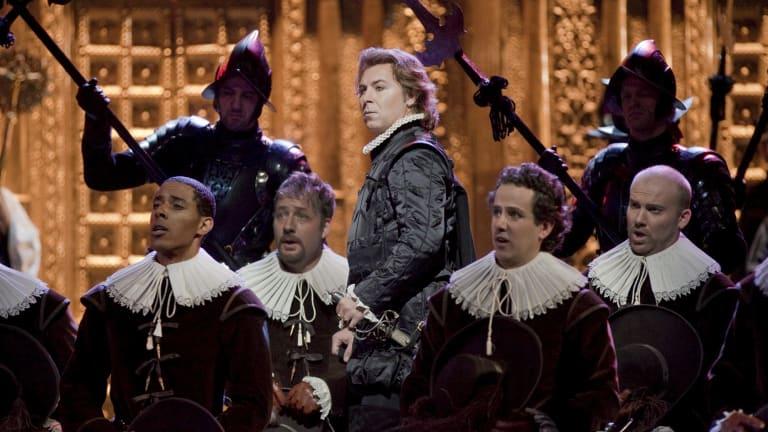 Roberto Alagna in Verdi's <i>Don</i> Carlo at New York's Metropolitan Opera.