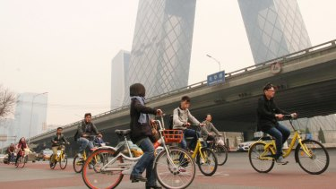 Beijing commuters have opted for share bikes to beat jammed buses, tight security at subway stations and traffic.