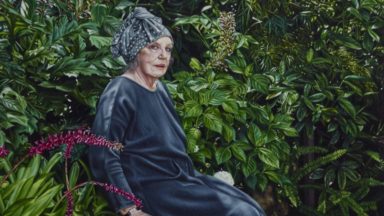 Natasha Bieniek's small portrait of Wendy Whiteley is a strong contender to win the Archibald Prize.