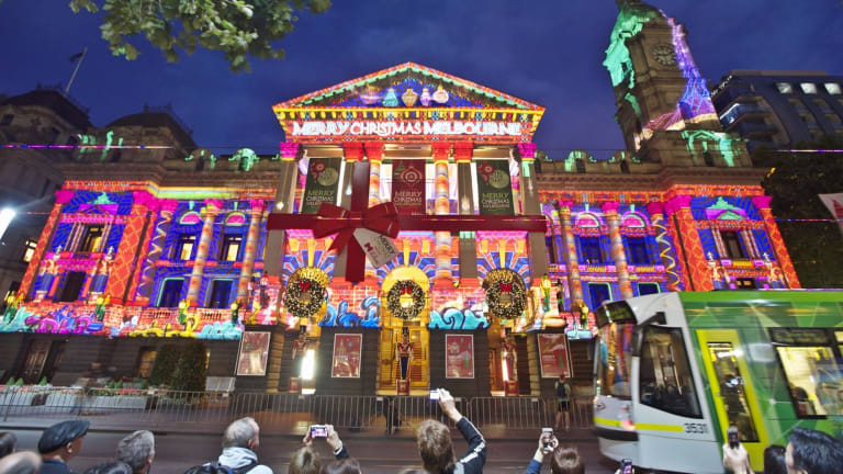 Show us Melbourne's best Christmas lights and win a great prize