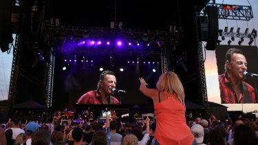 Bruce Springsteen and the E-Street Band finished their 2017 Australian tour at Hope Estate in the Hunter Valley on Saturday night.