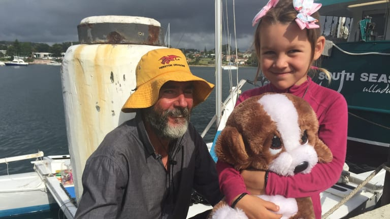 Alan Langdon and his daughter Que sailed from New Zealand to Australia on a 6-metre catamaran.