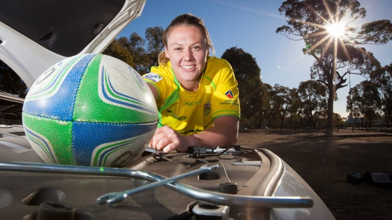 Sevens captain Sharni WIlliams will lead Australia at the World Sevens Series in Dubai next week.