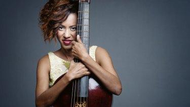 Cuban violist da gamba Lixsania Fernandez played her soft-spoken instrument with a winning sunny personality.