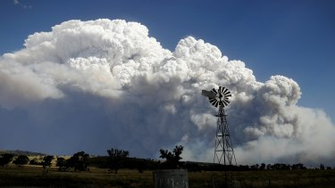 Smoke from the Sir Ivan fire east of Dunedoo, NSW, seen from Coolah, on Sunday 12 February 2017.