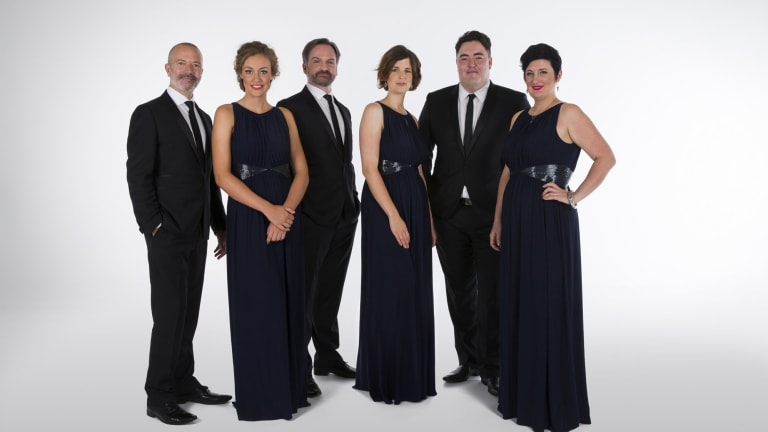The Song Company 2015 (from left): Mark Donnelly, Hannah Fraser, Richard Black, Susannah Lawergren, Andrew O'Connor, Anna Fraser.