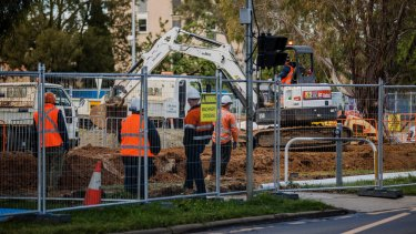 Three new inspectors will examine safety standards on the transport project.
