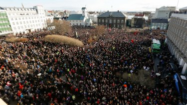Thousands of protesters in a Reykjavik mass demonstration against Iceland's PM.