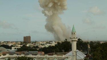 Smoke billows from the Jazeera hotel during an attack in Somalia's capital Mogadishu on Sunday.