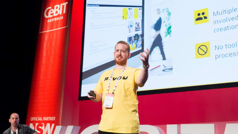 Max Doyle pitching at CeBIT PitchFest.