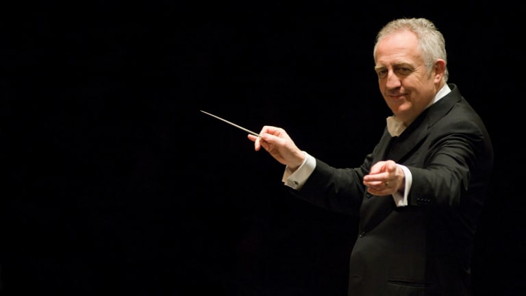 Bramwell Tovey conducts the MSO.
