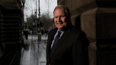 "Melbourne mayor Robert Doyle has spoken in support of ""New York-style"" no-tolerance policies where ""vandals"" are imprisoned for up to a year."