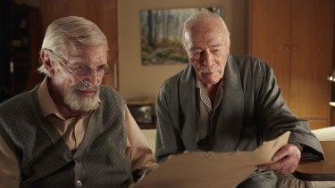 Martin Landau and Christopher Plummer in Remember.