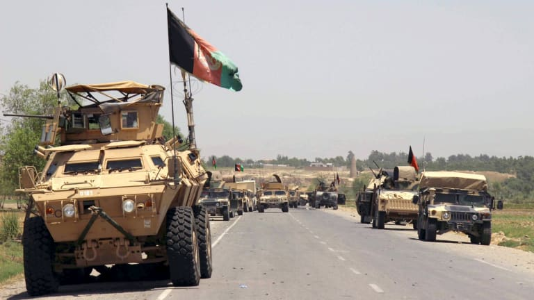 Afghan forces prepare for battle with Taliban on the outskirts of Kunduz.