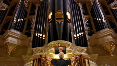 Restoration of Sydney Town Hall grand organ complete