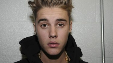 Repeated brushes with the law have not stopped Canadian pop singer Justin Bieber rating highly on Twitter.