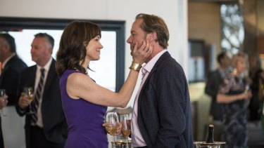 Iain Glen, as Jarrod Slade, and Frances O'Connor, as his wife, Charlotte Slade, in ABC TV's