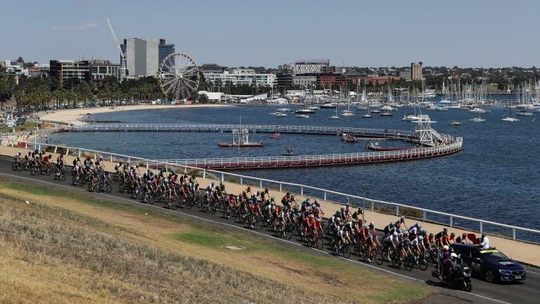The field for the Cadel Evans Great Ocean Road Race in Geelong.