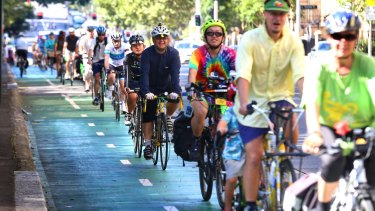 More white-collar workers are choosing to ride to work in Sydney.